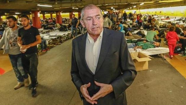 """Bürgermeister Heinz Schaden zur Lage in einem Interview mit der """"Krone"""". (Bild: Markus Tschepp)"""
