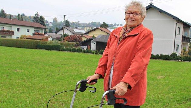 Die 79-jährige Maria H. wurde von einem gewissenlosen Gauner dreist bestohlen. (Bild: Marion Hörmandinger)