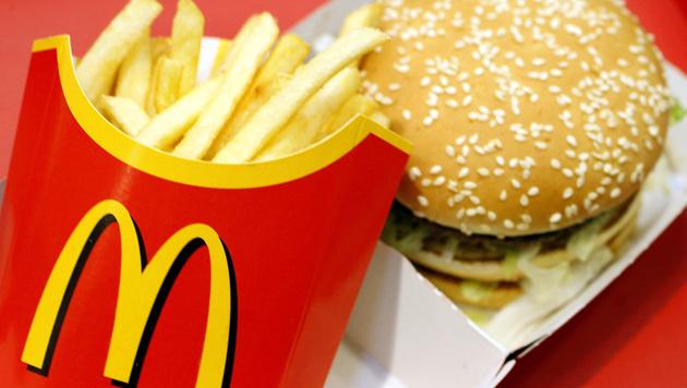 Erfinder des Big Mac mit 98 Jahren gestorben (Bild: JOERG KOCH/AFP/picturedesk.com)
