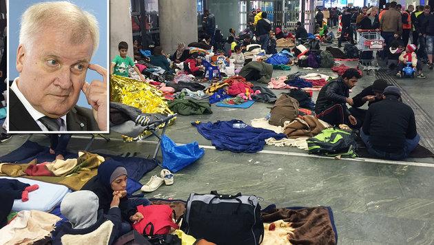 Die Flüchtlingswelle reißt nicht ab: CSU-Chef Seehofer brachte nun seinen Plan bei der CDU durch. (Bild: AFP)