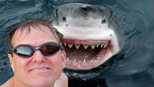 """""""Verrückt: Die gefährlichsten Selfies im Netz! (Bild: YouTube.com/Keepin it Karl)"""""""