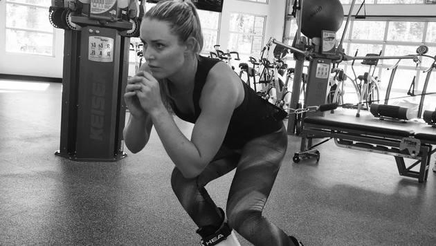 Trockentraining. Lindsey Vonn macht sich für den Weltcup-Auftakt fit. (Bild: Facebook.com)