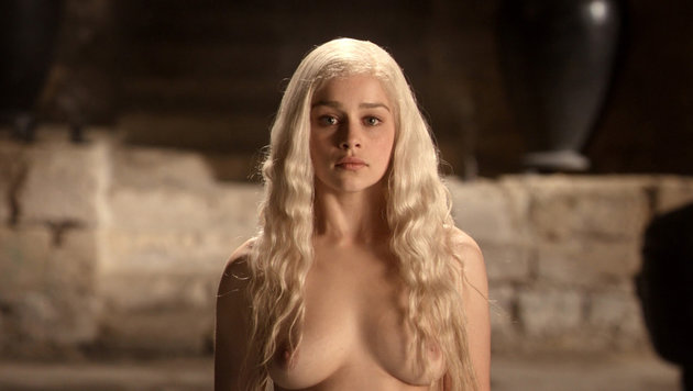 "Emilia Clarke in ""Game of Thrones"" (Bild: Viennareport)"