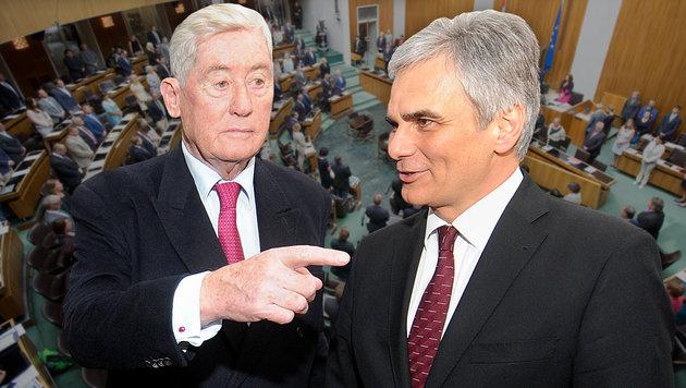 Ex-Vizekanzler und -Finanzminister Hannes Androsch; Bundeskanzler Werner Faymann (Bild: APA/HERBERT PFARRHOFER, APA/GEORG HOCHMUTH)