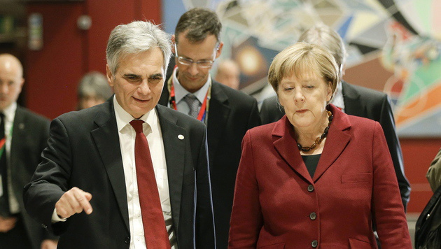 Zwischen Werner Faymann und Angela Merkel herrscht Eiszeit. (Bild: APA/EPA/ANDY WENZEL)