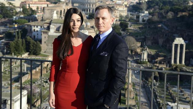 Monica Bellucci und Daniel Craig in Rom (Bild: APA/EPA/CLAUDIO ONORATI)