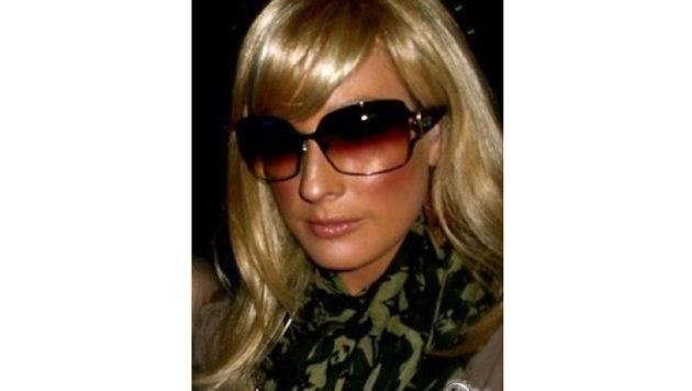 Burlesk-Beauty Dita Von Teese hat sich als Paris Hilton verkleidet. (Bild: Viennareport)