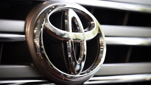 Toyota steigt in Entwicklung autonomer Autos ein (Bild: APA/EPA/FRANCK ROBICHON)