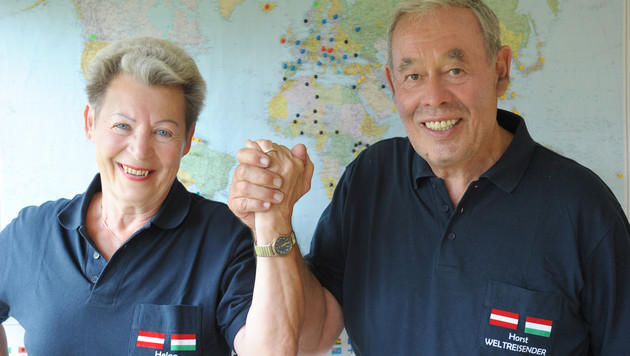 Horst Gruber und seine Helga feierten in Istanbul den Weltrekord und die glückliche Rückkehr. (Bild: Gabriele Moser)