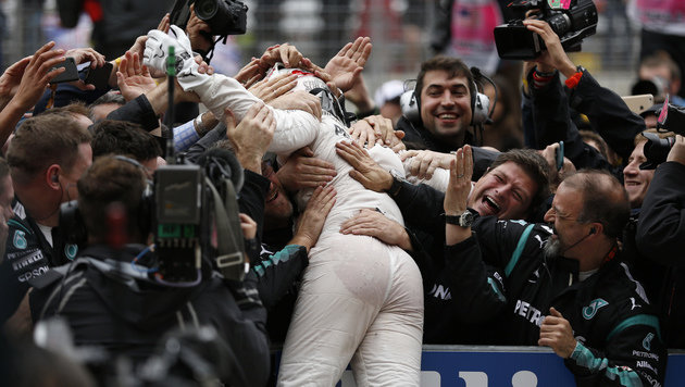 Lewis Hamilton verteidigt WM-Titel in der Formel 1 (Bild: AP)