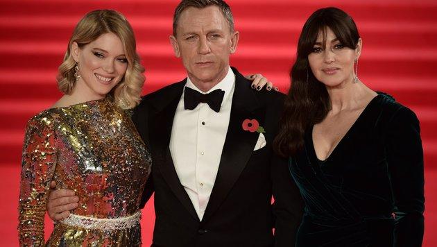 Daniel Craig mit den Bond-Girls Lea Seydoux und Monica Bellucci (Bild: AFP)