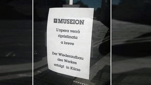 Kunstwerk aus Bozener Museum landete im Müll (Bild: facebook.com/Museion Bolzano)