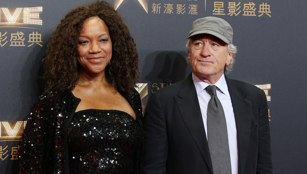 Ebenfalls bei der Casino-Eröffnung dabei: Robert De Niro und Ehefrau Grace Hightower. (Bild: AP)