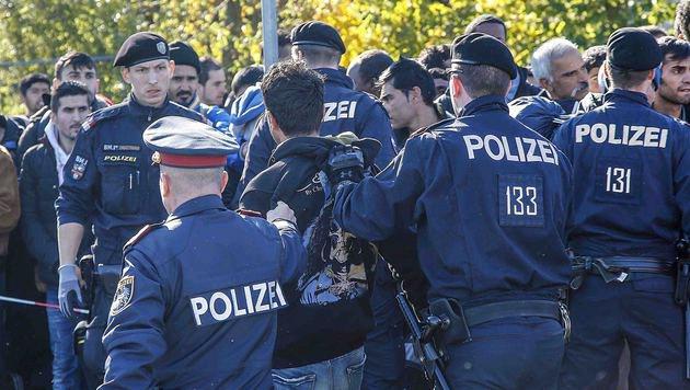 Die Situation in Salzburg ist angespannt, die Quartiere quellen über. (Bild: MARKUS TSCHEPP)