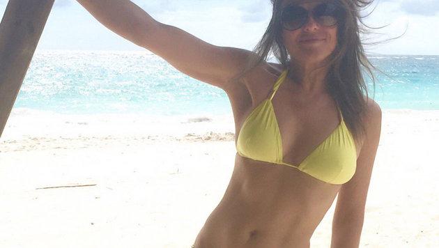 Liz Hurley zeigt ihren prachtvollen Bikinibody. (Bild: Viennareport)