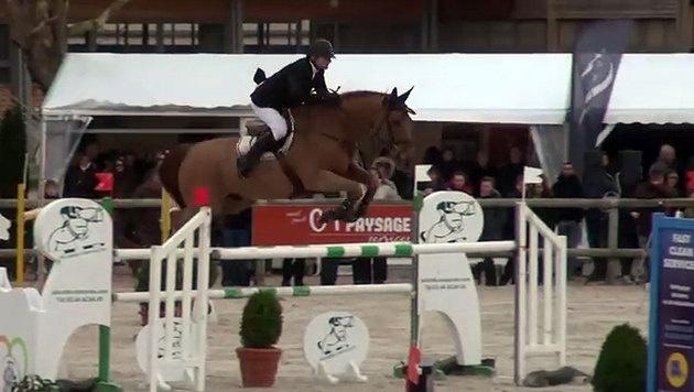 Phedras de Blondel unter seinem ehemaligen Reiter Christian Hermon (Bild: YouTube.com/webstallions)