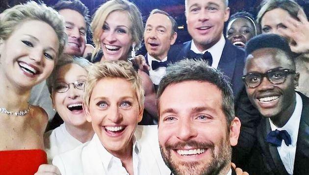 """""""Forscher finden Formel für perfektes Selfie (Bild: Twitter.com/DeGeneris)"""""""