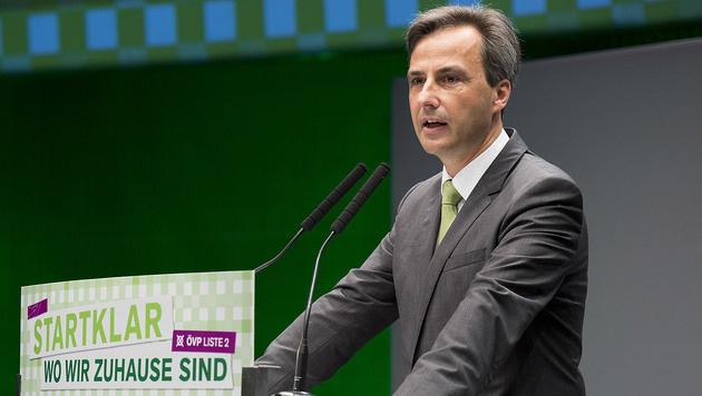 """Bürgermeister: """"Grenze schließen, Männer abweisen"""" (Bild: APA/ERWIN SCHERIAU)"""