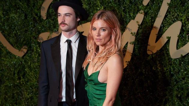 Auch die Beziehung von Tom Sturridge und Sienna Miller ging in diesem Jahr in die Brüche. (Bild: DANIEL DEME/EPA /picturedesk.com)