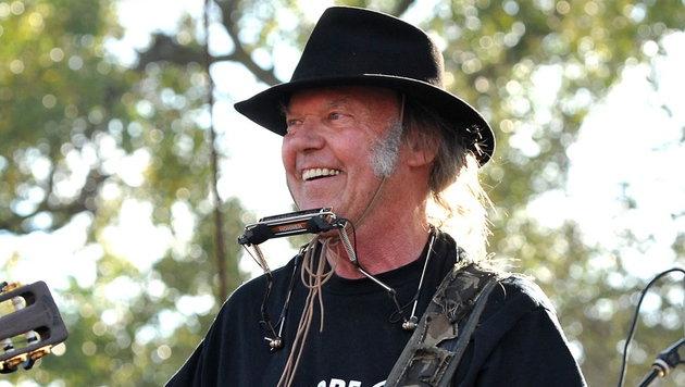 Grunge-Pate und Folk-Legende: Neil Young wird 70 (Bild: EPA/Steve Pope)