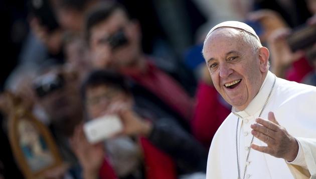 Papst Franziskus (Bild: APA/EPA/CLAUDIO PERI)