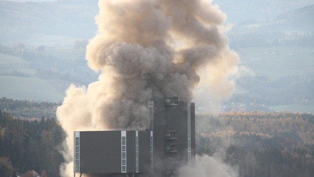 Panne bei Kraftwerkssprengung: Stahl hielt stand (Bild: Christian Jauschowetz)