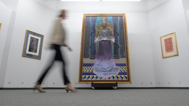 """Die Werke von Ernst Fuchs: """"Adam Kadmon"""" in der Kunsthalle Messmer in Riegel im Jahr 2014 (Bild: APA/EPA/PATRICK SEEGER)"""
