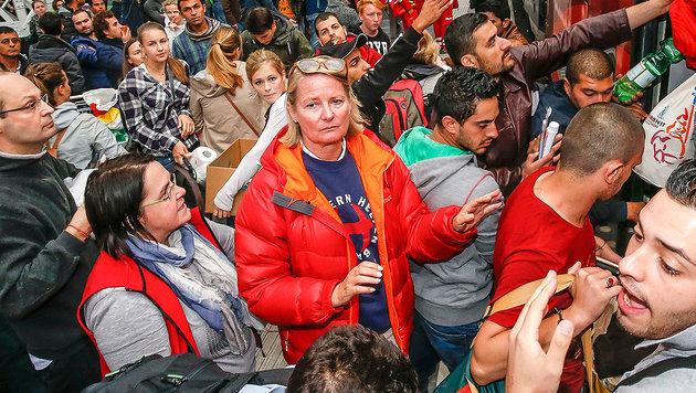 Flüchtlingshelferin liest Regierung die Leviten (Bild: Markus Tschepp)