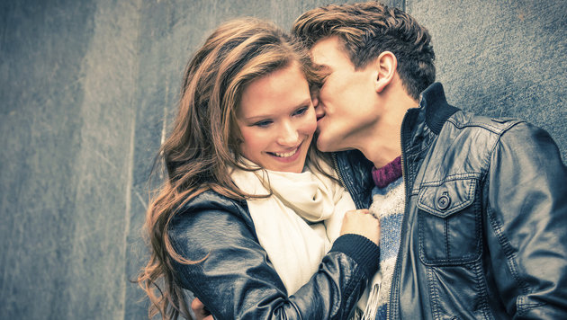 """""""4 von 5 Tinder-Nutzer suchen feste Beziehung (Bild: thinkstockphotos.de)"""""""