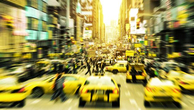 Die 7th Avenue wird beherrscht von den Yellow Cabs, den New Yorker Taxis. (Bild: Fotolia)