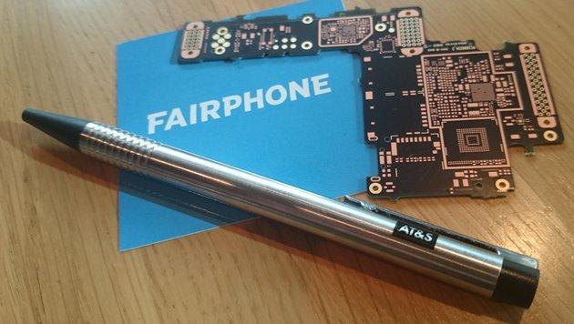 Das Mainboard aus der Steiermark verbindet alle Komponenten im Fairphone. (Bild: Dominik Erlinger)