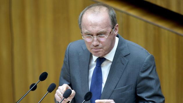 Der ÖVP-Europaabgeordnete Othmar Karas (Bild: APA/HERBERT NEUBAUER)