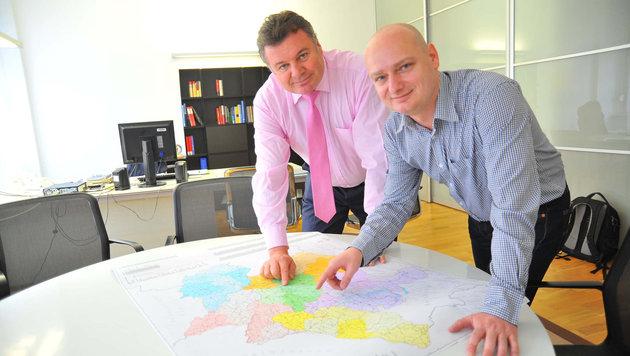 Günther Steinkellner (li.) ist Verkehrsreferent, FP-Kollege Markus Hein ist für Linz zuständig. (Bild: Horst Einöšder)