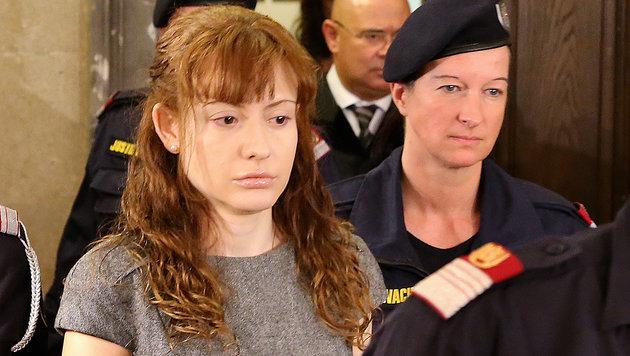 """Selbst andere Mörderinnen zittern vor """"Eislady"""" (Bild: Zwefo)"""