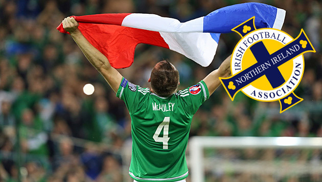 EURO 2016: Nordirland als große Sensation dabei (Bild: APA/EPA/ANDREW PATON)
