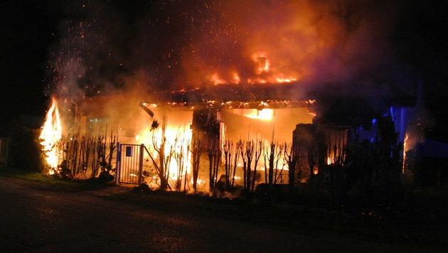 Der 53 Jahre alte Firmenchef kam in den Flammen ums Leben. (Bild: Feuerwehr Zeiselmauer)
