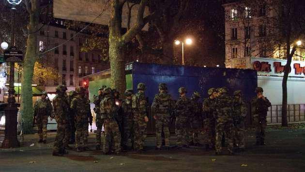Terror-Wahnsinn in Paris: Europa im Schockzustand! (Bild: APA/AFP/RICK ALARCON)
