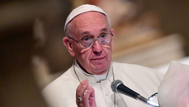 """Papst: """"Attentate Teil des Dritten Weltkriegs"""" (Bild: AFP)"""