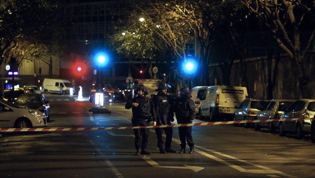 Terror-Wahnsinn in Paris: Europa im Schockzustand! (Bild: APA/EPA/ETIENNE LAURENT)
