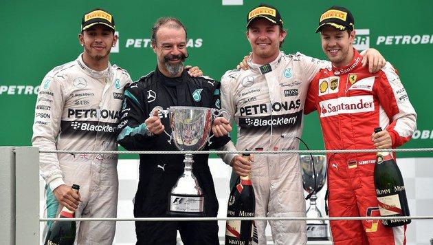 Rosberg nach GP-Sieg in Gedanken bei Paris-Opfern (Bild: APA/AFP/NELSON ALMEIDA)