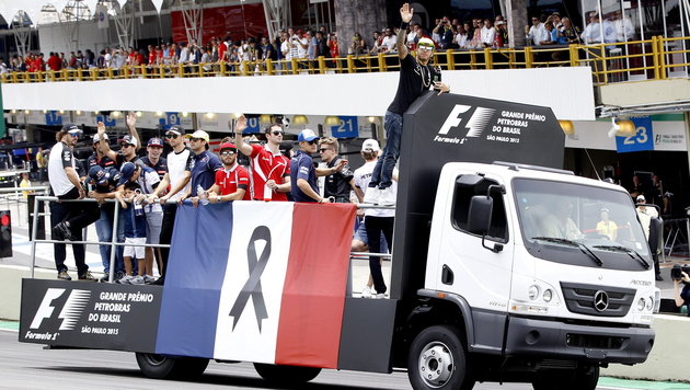 Rosberg nach GP-Sieg in Gedanken bei Paris-Opfern (Bild: APA/EPA/Fernando Bizerra Jr)
