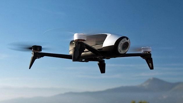 Neue Kameradrohne bleibt 25 Minuten in der Luft (Bild: Parrot)