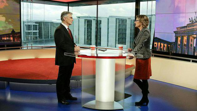 """Faymanns Auftritt im ARD-""""Morgenmagazin"""" (Bild: APA/BKA/ANDY WENZEL)"""