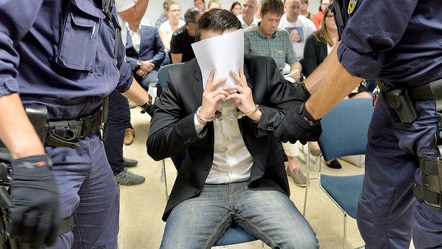 19-Jährige regelrecht hingerichtet: 20 Jahre Haft (Bild: APA/BARBARA GINDL)
