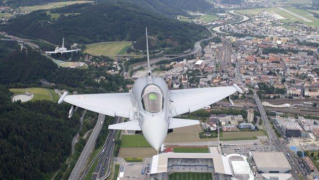 Der Geheimvertrag zum Eurofighter-Skandal (Bild: APA/BMLV/ZINNER)