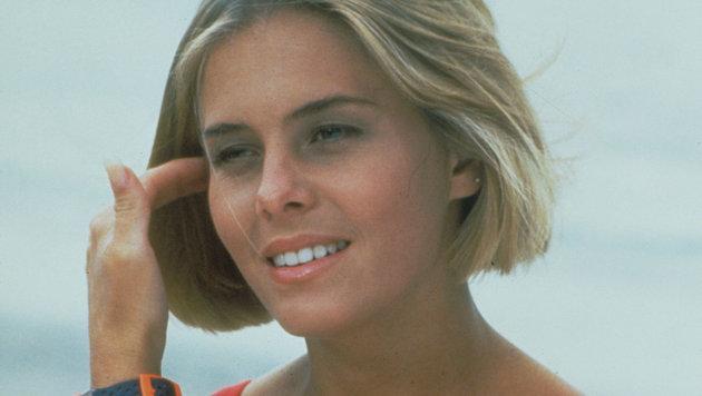 Nicole Eggert als Summer (Bild: Moviestore Collection/face to fa)