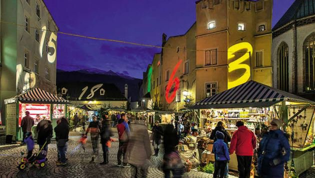Die Innenstadt von Hall wird zum Adventkalender. (Bild: Advent in Tirol)