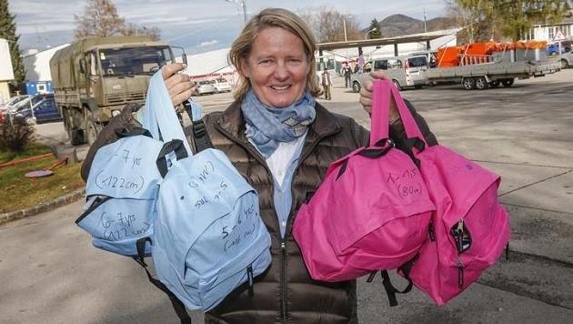 Der Salzburger Friedensengel Doraja Eberle ist jeden Tag bei den Flüchtlingen, um zu helfen. (Bild: Markus Tschepp)
