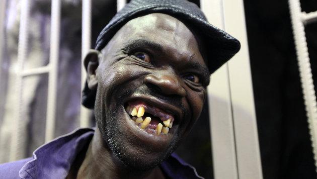 """Mison Sere ist neuer """"Mr. Ugly"""" in Simbabwe und hofft nun auf einen lukrativen TV-Vertrag. (Bild: AP)"""