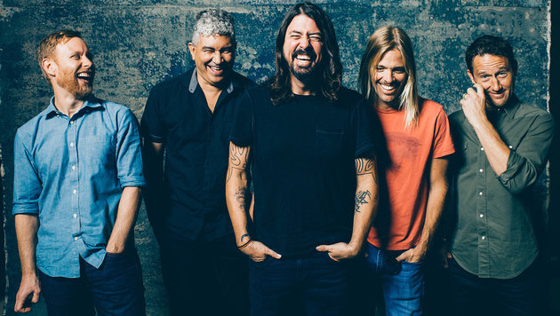 Foo Fighters beweisen in humorigem Video Teamgeist (Bild: Sony Music)